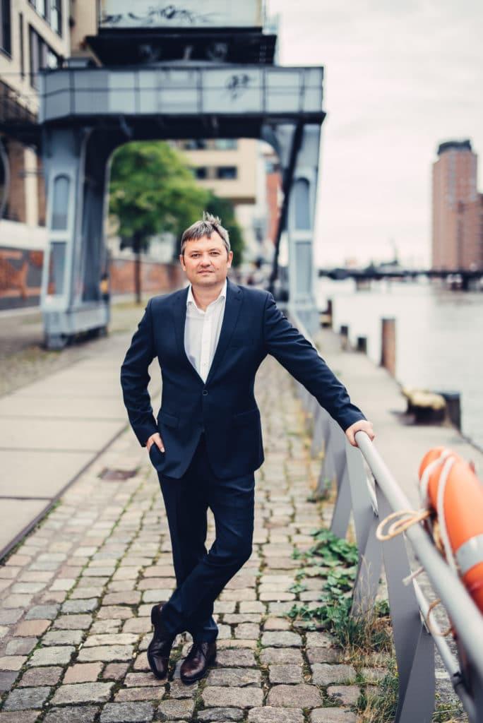Peter Moser am Museumshafen
